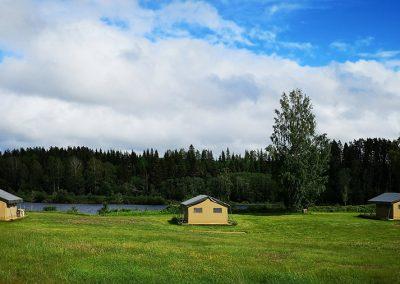 Storängen Camping, Stugor och Outdoor