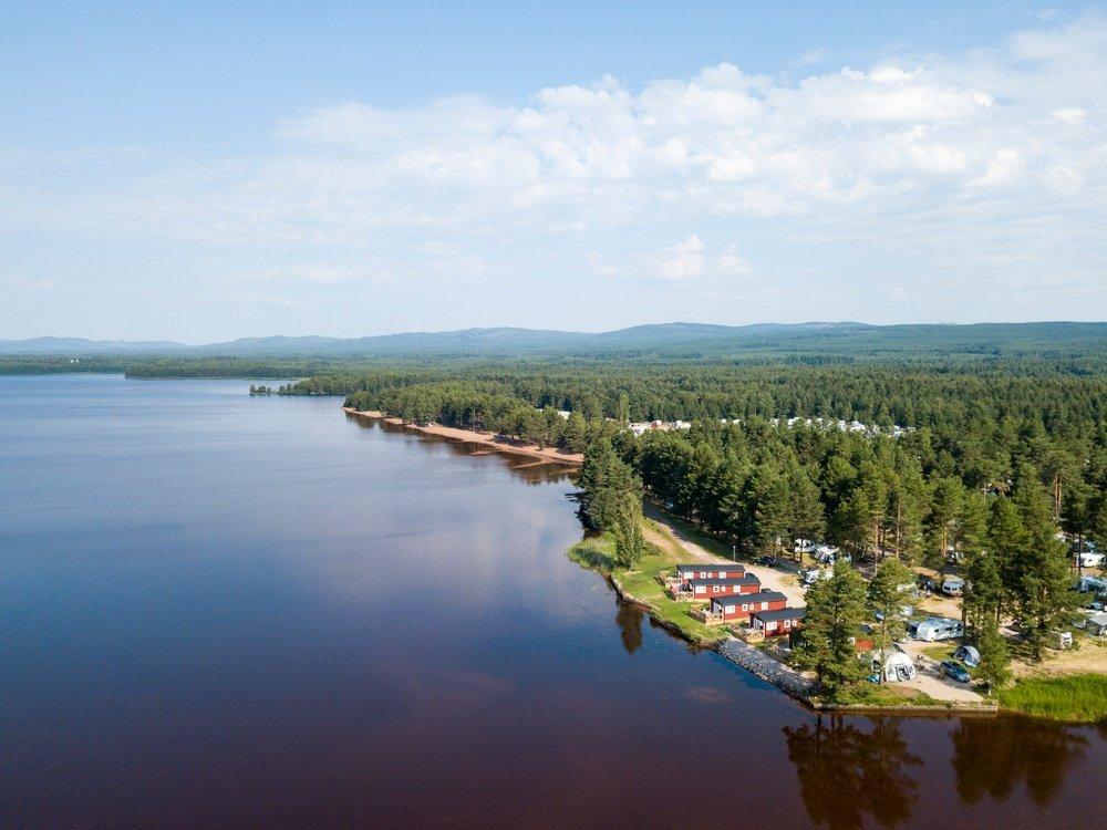 Sveriges 16 bästa campingplatser 2021 - Orsa Camping - Flygbild