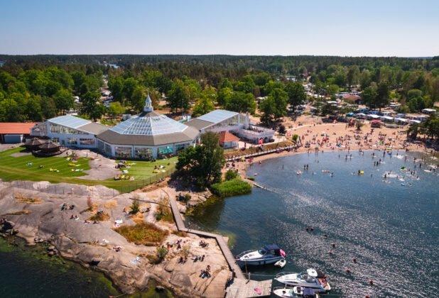 Sveriges 16 bästa campingplatser 2021 - Västervik resort